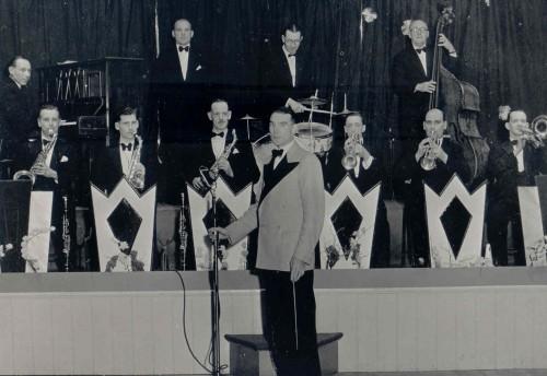 Den Jones Band Co. Stirchley Community Group